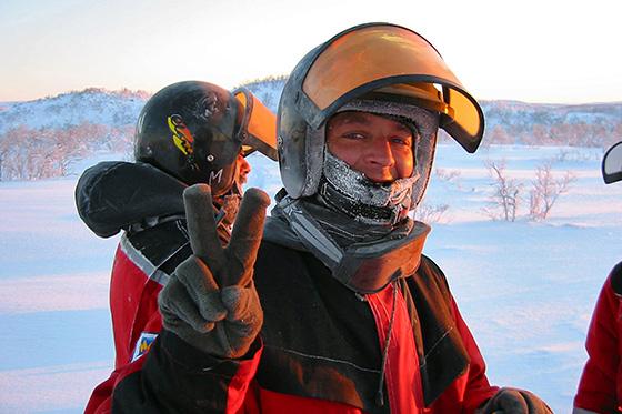 Ontvang een gratis sneeuwscootersafari